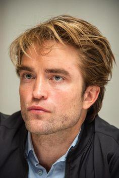 Emma Watson Beautiful, Beautiful Boys, Robert Pattinson Movies, King Robert, George Mackay, Eddie Murphy, Florence Pugh, The Man, Interview