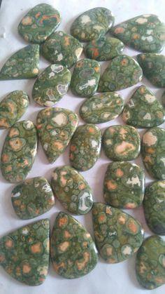 Rhaiyolite stone.