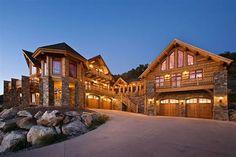 log cabin homes   Photo compliments of Montana Log Homes
