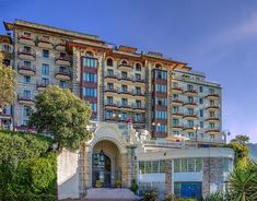 Featuring panoramic views of Portofino Bay, Excelsior Palace is a luxury hotel offering 2 restaurants, sun terraces and spacious rooms, many with sea views. Vacation Places, Vacation Trips, Day Trips, Travel Trip, Vacation Ideas, Venice Travel, Italy Travel, Great Places, Beautiful Places