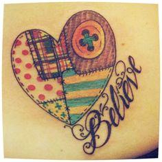 """blackcrazysheep   #casttattoo In redazione stanno arrivando tantissime foto di tatuaggi con storie bellissime. Grazie a tutti e continuate così! Ecco il tatuaggio di """"blackcrazysheep"""". """"…Inciampare, cadere, rialzarsi e ricominciare a credere… Questo cuore, benché rammendato alla bell'e meglio, oggi batte, ama, vola e corre. Tutto questo lo fa per me e per chi mi è accanto ogni giorno!"""" http://tattoo.codcast.it/"""