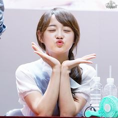Kim Sejeong at fansign so cute❤️