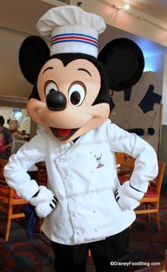 Chef Mickey prepares the best breakfast in Disney. Buffet Breakfast with the characters at the Contemporary resort-walking distance from Magic Kingdom. *make reservation* Disney Day, Disney World Vacation, Disney Food, Disney Vacations, Walt Disney, Disney 2015, Disney Recipes, Disney Travel, Disney Magic