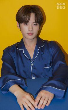 Stray Kids Minho, Lee Know Stray Kids, Fandom, Shinee, The Next Big Thing, Lee Min Ho, Pop Group, South Korean Boy Band, Baby Photos