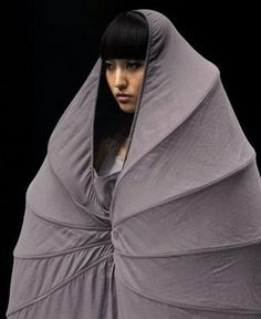 Pod-Inspired Apparel: Cocoon Fashion Gives 'Personal Space' a Whole New Meaning Jeanne, Marie, Fashion Show, Couture, Coat, Personal Space, Outfits, Collection, Inspired