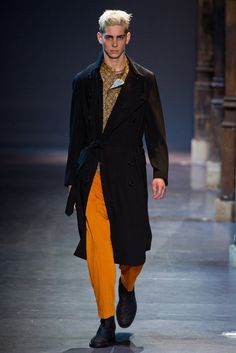 Ann Demeulemeester Spring 2013 Menswear Collection Photos - Vogue
