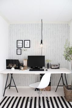 Black and white simple home office workspace interior design idea Home Office Space, Home Office Design, Home Office Decor, House Design, Office Designs, Office Ideas, Desk Space, Study Space, Office Spaces