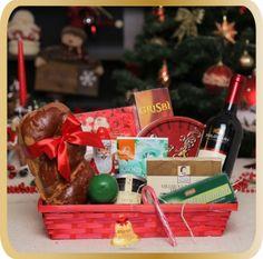 Cos cadou de Craciun Happy Holiday - KarinGifts.ro Christmas 2015, Cos, Happy Holidays, Picnic, Basket, Gifts, Happy Holi, Presents, Picnics