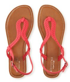 Girls Shoes - Sneakers, Flats, Slippers | Aeropostale