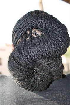 Snaked locs