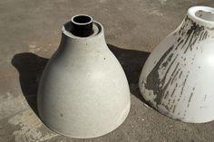 Make a concrete base for a patio umbrella using an IKEA pendant lamp: Picture of De-Molding