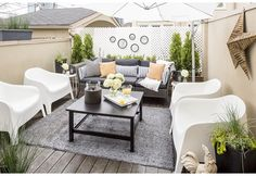 How to Max Out a Square and Boring Outdoor Space | Photos | HGTV Canada