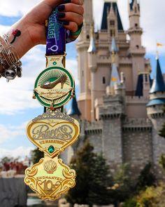 Disney Costume How To Get The Perfect RunDisney Bling Shot - You ran the race and earned the big, shiny medal. The next step is to take the perfect photo. Disney 5k, Disney Races, Disney Ideas, Disney Stuff, Brave Disney, Disney Planning, Disney Trips, Disney World Marathon, Disney Princess Half Marathon