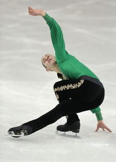 Jason Brown (United States) during the Men's Free Skate at the 2014 Sochi Olympics ~ This must be his signature move!
