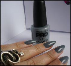 Betty Nails: Cream Grey - Mollon Pro Swatch