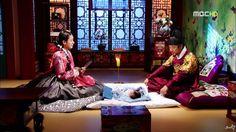 Dong Yi(Hangul:동이;hanja:同伊) is a 2010 South Korean historical television drama series, starringHan Hyo-joo,Ji Jin-hee,Lee So-yeonand Bae Soo-bin.About the love story betweenKing Sukjong, it aired onMBC.  숙종의 아기 사랑