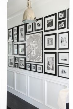 Home Decor Ideas Handmade Photo Gallery Wall. Hallway Foyer with Photo Gallery Wall. Black and white Photo Gallery Wall. Photowall Ideas, Decoration Photo, Blogger Home, New Interior Design, Cosy Interior, Hanging Pictures, Hallway Pictures, Framed Pictures, Home And Deco