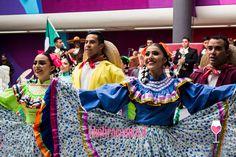Festival, Sari, Dresses, Fashion, Saree, Vestidos, Moda, Fashion Styles, Dress