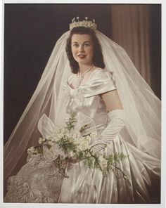 Collection of Museum of New Zealand Te Papa Tongarewa Vintage Wedding Photos, Wedding Dresses Photos, Vintage Bridal, Dream Wedding Dresses, Bridal Dresses, Wedding Gowns, Vintage Weddings, Beautiful Gowns, Beautiful Bride