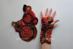 それから・・・・ モチーフの構成は左右対称になりまして・・・ いや、わたしが、意図的にそうしたんです。 なぜかというと、 手袋にする予定...