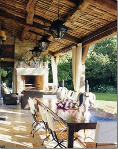 outdoor dining under #beams