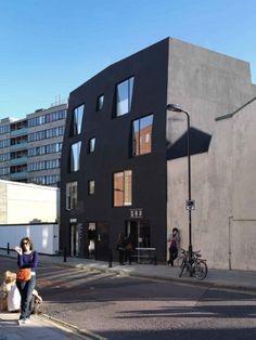 Ada Street / Amin Taha Architects | ArchDaily