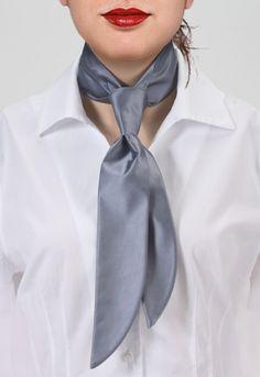 Corbata mujer lisa gris plateada Corbata de mujer gris plateada lisa http://www.corbata.org/corbata-mujer-lisa-gris-plateada-p-14447.html