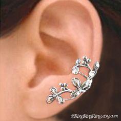 Hoi! Ik heb een geweldige listing gevonden op Etsy https://www.etsy.com/nl/listing/120311570/c-077-berry-leaf-ear-cuffs-sterling