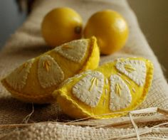 Crafty Lemons ~ could use as a pincushion.