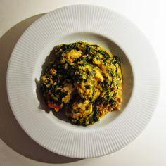 majahoejgaard: G R Ø N T . Indisk spinatcurry med kylling