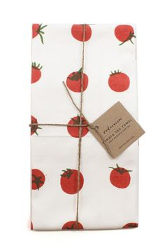 An adorable way to brighten up your kitchen. Tomato Tea Towel, www.mooreaseal.com