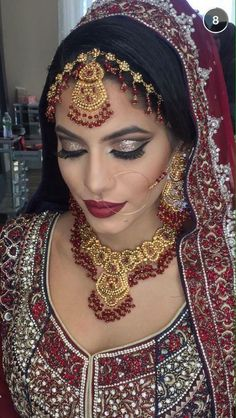 Pakistani Bridal Makeup Brides Saris 30 Ideas For 2019 Bollywood Makeup, Pakistani Bridal Makeup, Asian Bridal Makeup, Indian Wedding Makeup, Best Wedding Makeup, Indian Makeup, Bridal Makeup Looks, Bollywood Wedding, Indian Bollywood