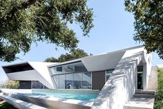 Unusual Design House in Hollywood