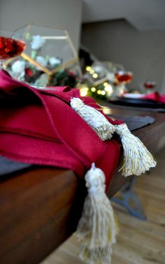 A Simple DIY Holiday Napkin   Having a holiday party and want to update your décor?  Check out my easy tassel napkin on the blog, they look great and only take 5 minutes!  http://aplentifullife.ca/a-simple-diy-holiday-napkin/