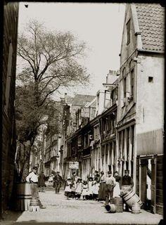 Bickersgracht 44-60, Amsterdam, 1893, by Jacob Olie