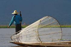 Gail Palethorpe - Fishermen of Inlet Lake Myanmar 5