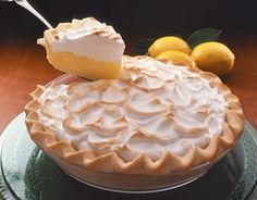 Creamy Lemon Meringue Pie - S bday dessert Party Desserts, Just Desserts, Delicious Desserts, Yummy Food, Pie Dessert, Eat Dessert First, Dessert Recipes, Yummy Treats, Sweet Treats