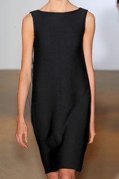 petite rObe nOire- little black dress. Fashion Mode, Look Fashion, Womens Fashion, Fashion Pants, 90s Fashion, Retro Fashion, Fashion Dresses, Mode Style, Style Me