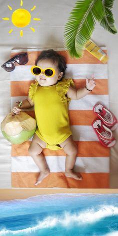 Monthly Baby Photos, Newborn Baby Photos, Baby Poses, Baby Girl Photos, Cute Baby Pictures, Baby Girl Newborn, Baby Beach, Newborn Baby Photography, Baby Shower