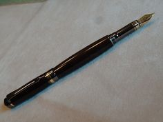 Hand Turned Figured Walnut Fountain Pen by LayneSmithyWoodworks