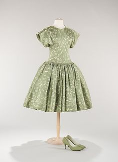 Dinner Dress, (attributed) Traina-Norell (American, founded 1941), Saks Fifth Avenue (American, founded 1924) (Department Store): ca. 1956, American, silk.    Designer:      (attributed) Norman Norell (American, 1900–1972)