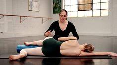 The Best Exercise for your Standing Leg Turnout! With Lisa Howell and The Ballet… Ballet Body, Ballet Barre, Ballet Dancers, Dance Tips, Dance Videos, Pilates, Dance Class, Dance Teacher, Dance Studio