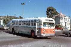 An early SamTrans bus leased from AC Transit. This image was taken by Jim Husing, 1977 and is hosted on http://www.norcalbusfans.com/