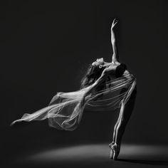 Danza by vicente esteban