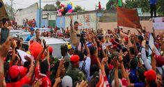"""¡ELLOS Y SUS LUJOS! La camioneta con la que llegó Maduro a Yaracuy mientras el """"pueblo"""" come basura"""