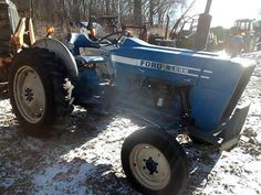 Ford 2600 tractor salvaged for used parts. This unit is available at All States Ag Parts in Ft. Atkinson, IA. Call 877-530-3010 parts. Unit ID#: EQ-25429. The photo depicts the equipment in the condition it arrived at our salvage yard. Parts shown may or may not still be available. http://www.TractorPartsASAP.com