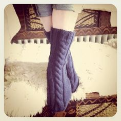 cable sock patterns free   chunky cabled left right socks pattern nb this pattern is