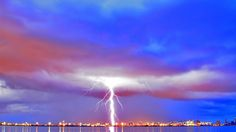 Mighty Lightning Over Seaside City Wallpaper #12359 - Resolution 1920x1080 px