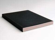 COLOR NOTES – Notizbücher aus 3-farbigen Innenseiten; Covermaterial SIRIO, Ultra Black