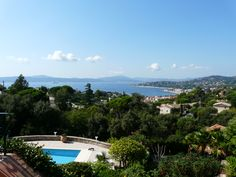 Vue sur Mer #Beverlysaintemaxime #BeverlySainteMaxime #BeverlyFrance #Beverly #Immobilier #villa #luxe #prestige #hautdegamme #Sainte-Maxime #Saint-Tropez #Sttropez #golfedesainttropez